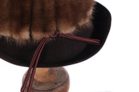 Dark brown hat with fur detail