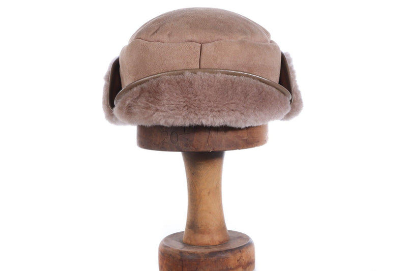 Brown hat with fleece front and sides