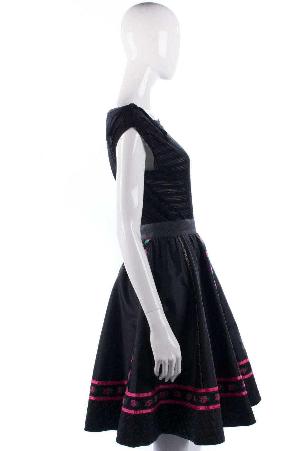 Mondi Skirt with Embroidery and Quilting.  Black Size 36 (UK8/10)