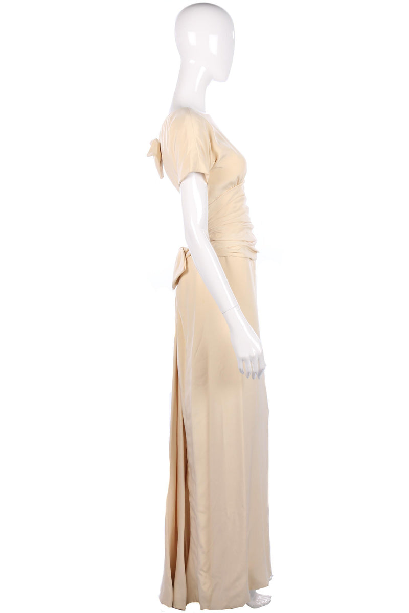 Victor Edelstein beautiful fitted wedding dress with backless bow details. Size S