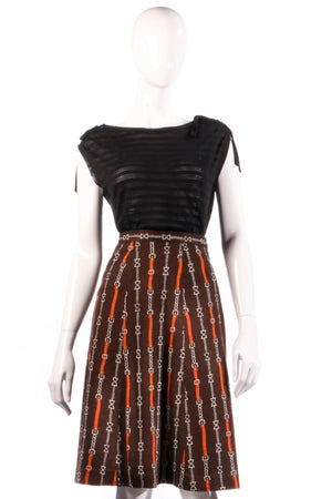 Brown skirt with chain print