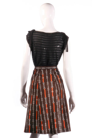 Brown skirt with chain print back