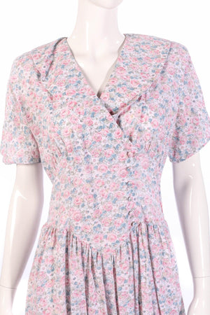 Lagenes pink floral dress size 14 detail