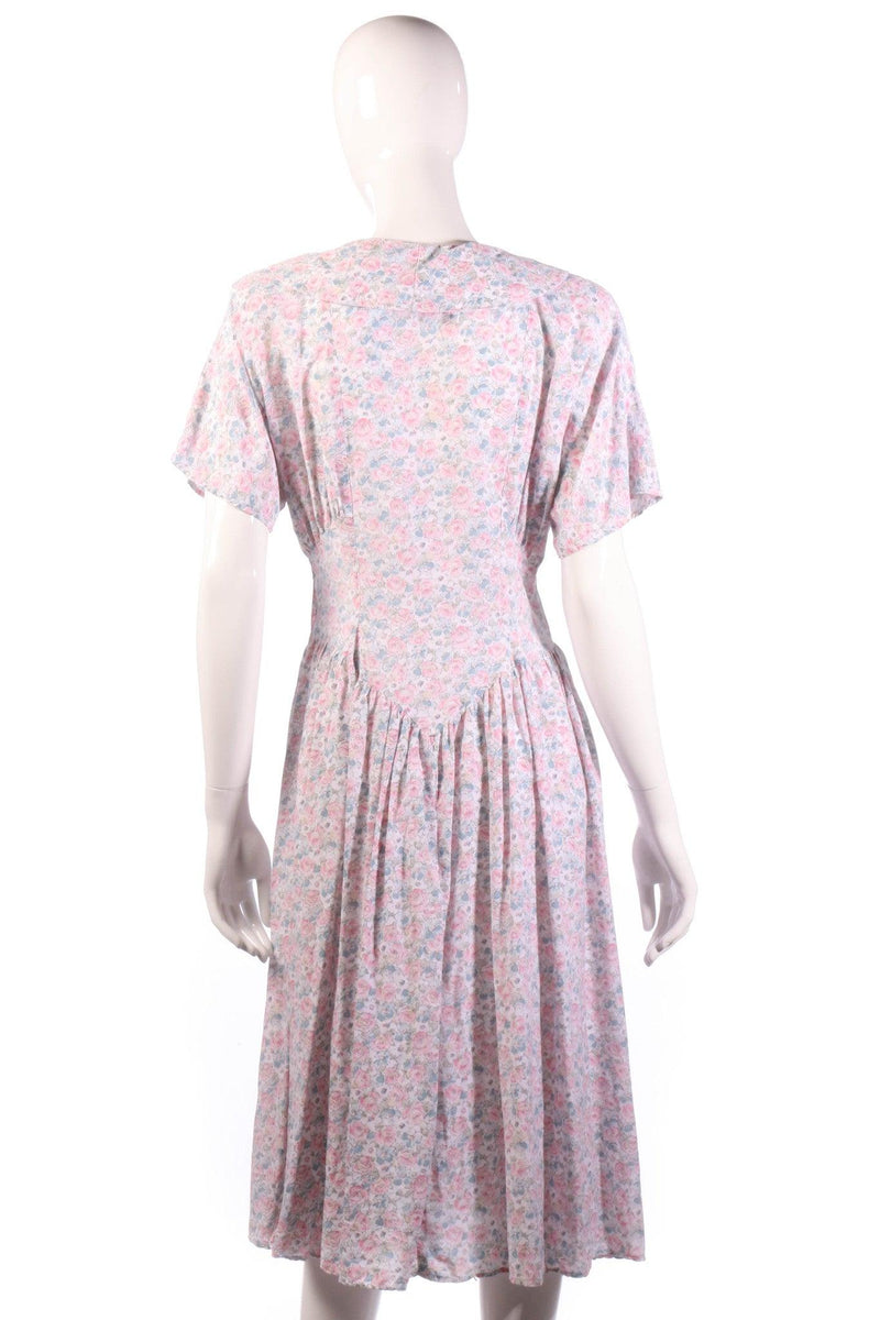Lagenes pink floral dress size 14 back