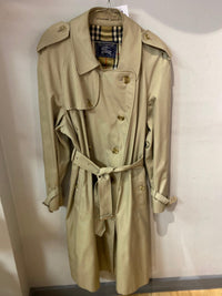 Burberrys Trench Coat With Internal & External Pockets & Tie Belt UK size L