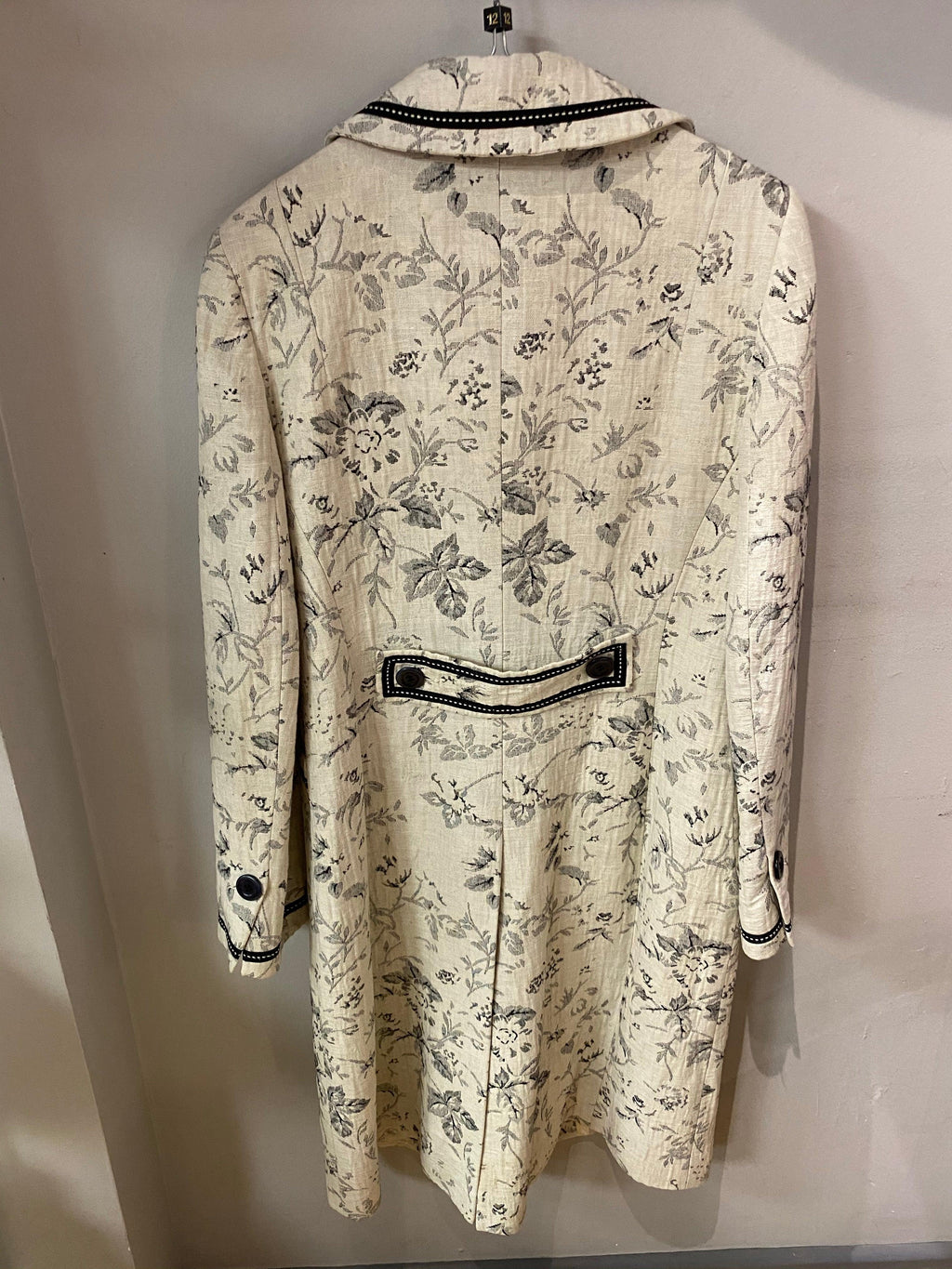 Coast One Off sample black & white floral weave coat (12)