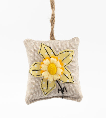 Fabric hanging decoration- daffodil