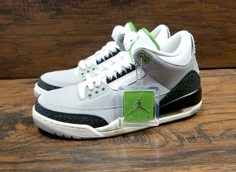 a5d8dad4a12372 AIR JORDAN 3 RETRO