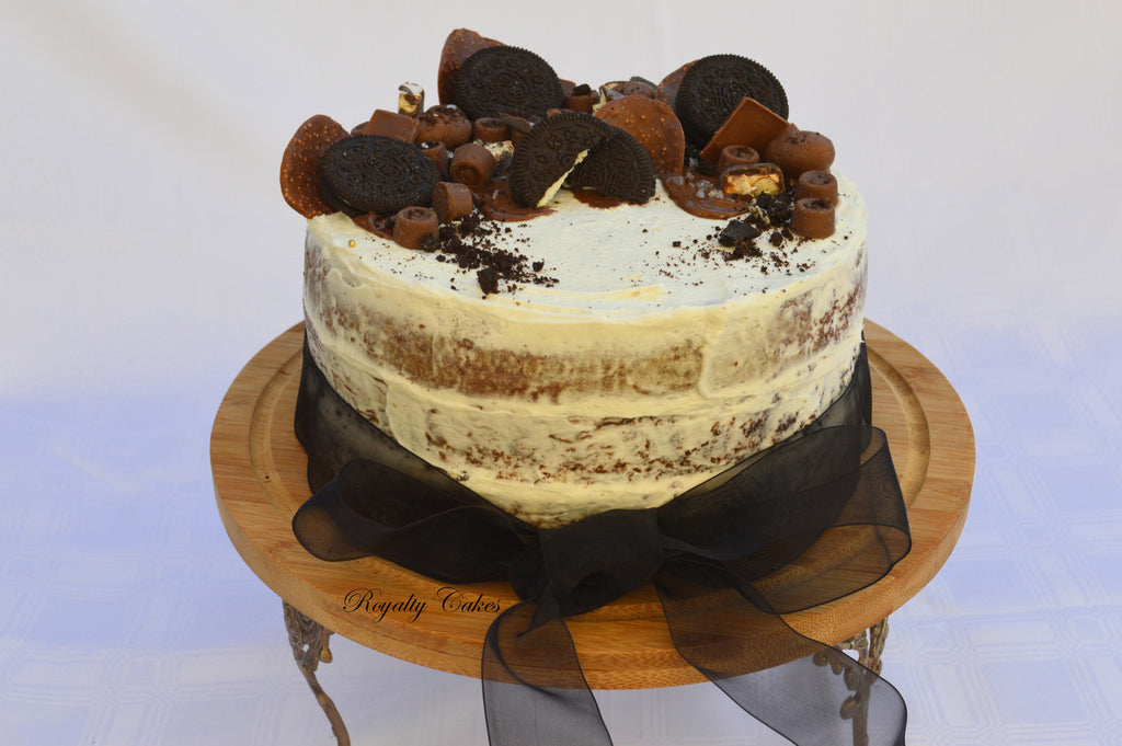 Oreo Chocolate Naked Cake