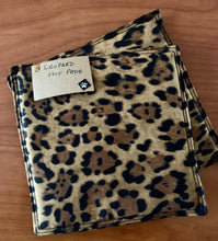 Load image into Gallery viewer, Handmade Animal Print Hot Pads