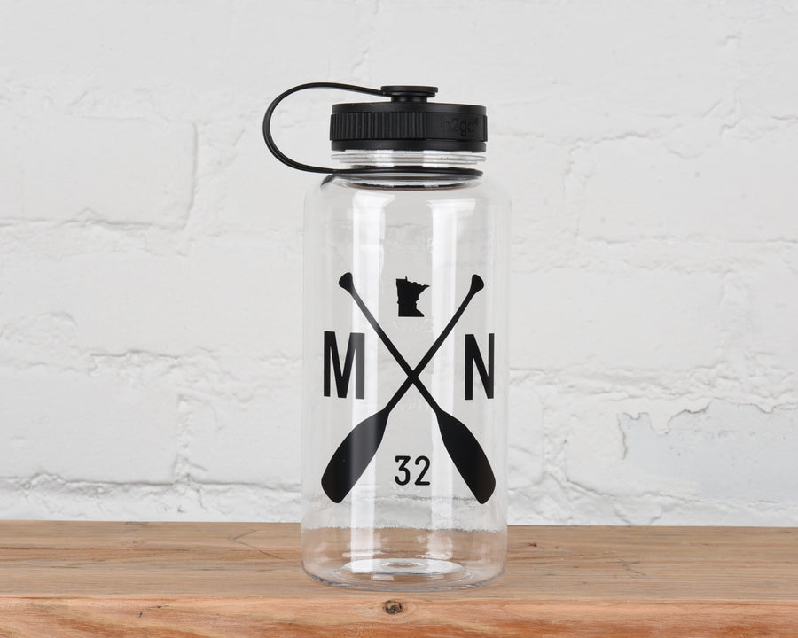 MN Paddle 34 oz Water Bottle - Black/Clear