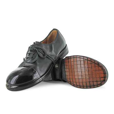 8287 - Handmade Black Rubber Toe Cap