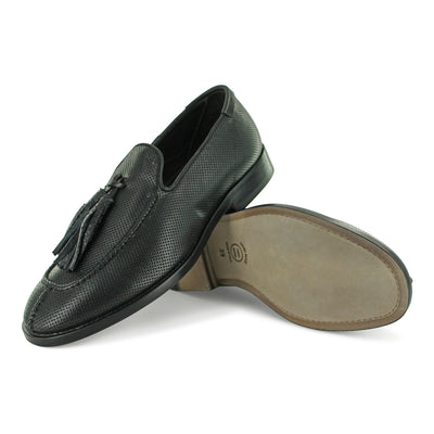 16/721 - Black Tassle Loafer