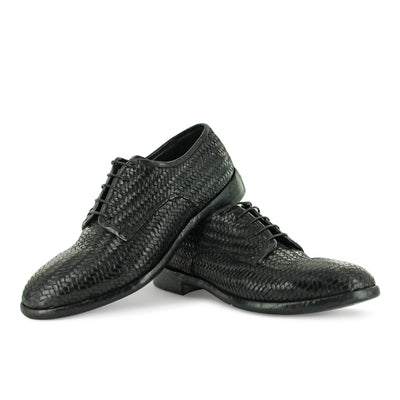 ABO4A - Black Interwoven Lace Up