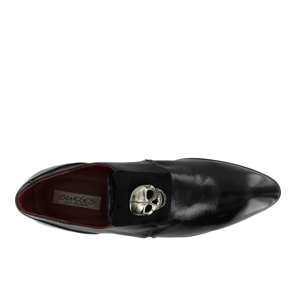 J3305 - Black Skull Slip On