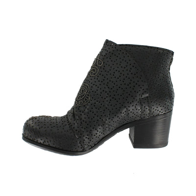 1402X16 - Black Ankle Boot