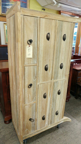 Light Wood Teik Long Dresser