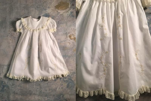 Dress w/Round Collar & Satin Flowers F7 Auraluz