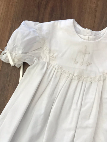 Scallop Collar Christening Gown w/Bonnet Auraluz