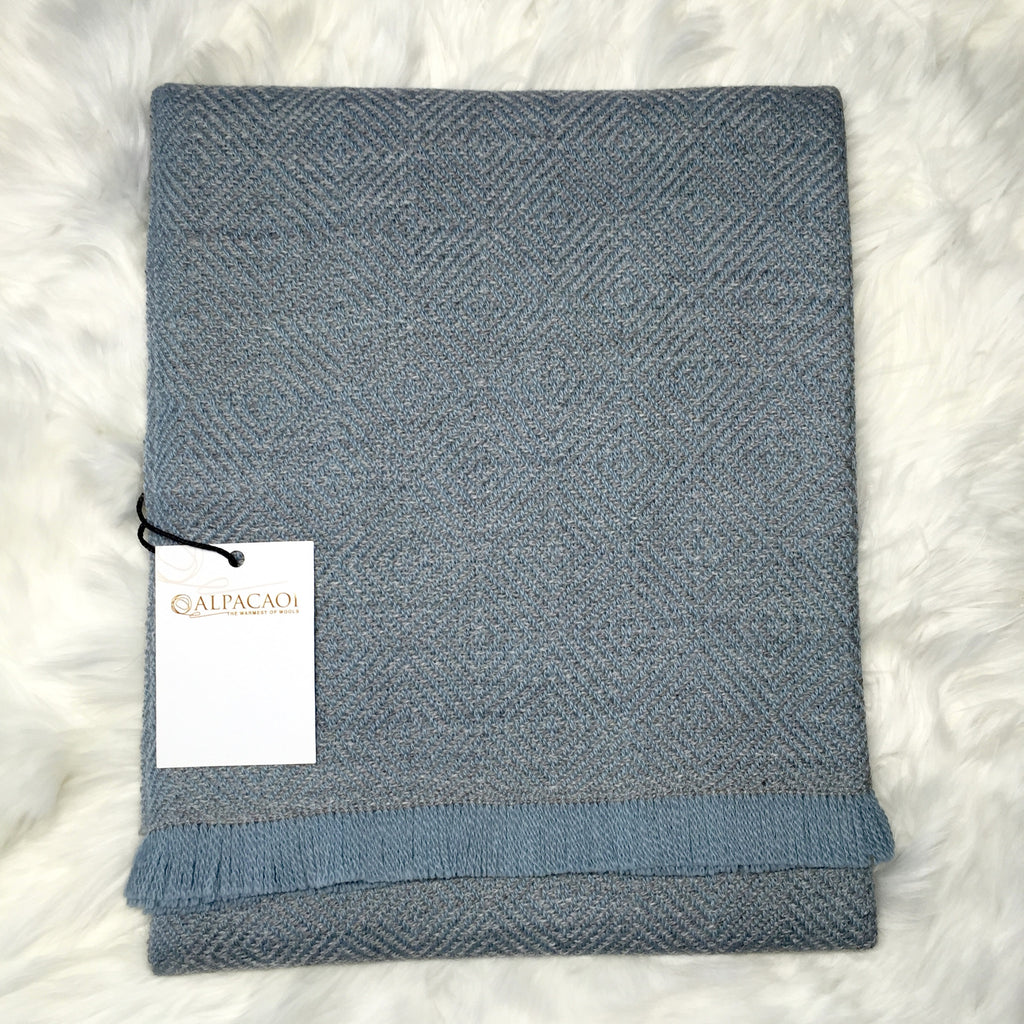 ALPACA SCARF BLUE made of 100% Peruvian alpaca wool