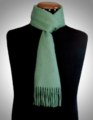 Alpaca scarf green made of 100% Peruvian baby alpaca wool