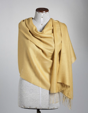 Honey mustard stole or shawl made of 70% baby Alpaca and 30% Silk, made in Peu