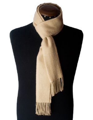 Beige scarf made of 100% Peruvian alpaca wool