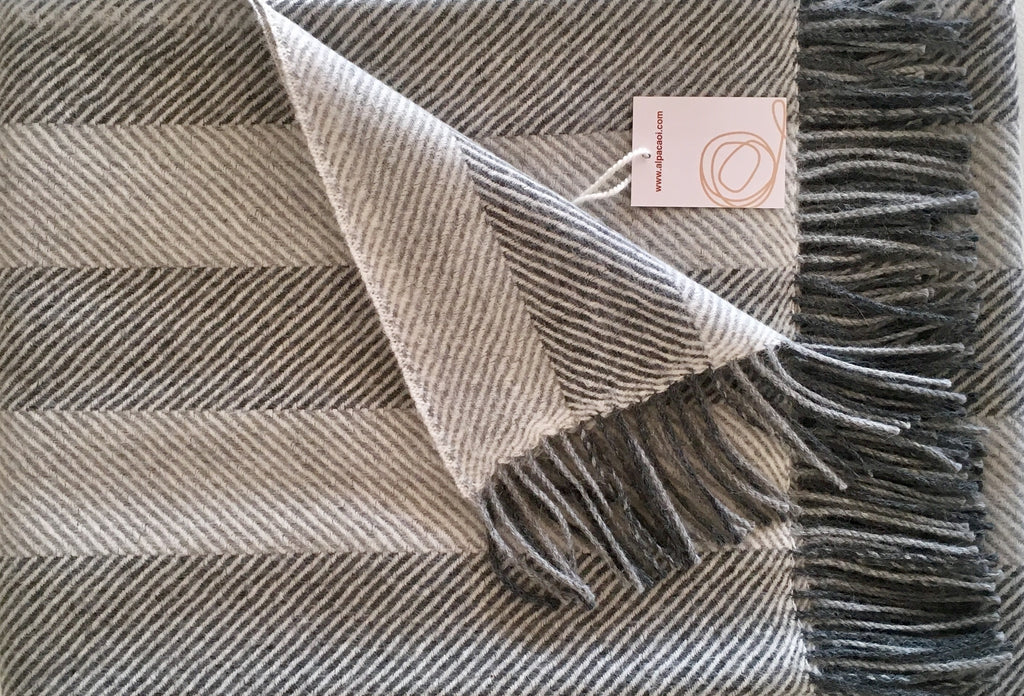 Alpaca throw ALPTHS Stripes Light Gray