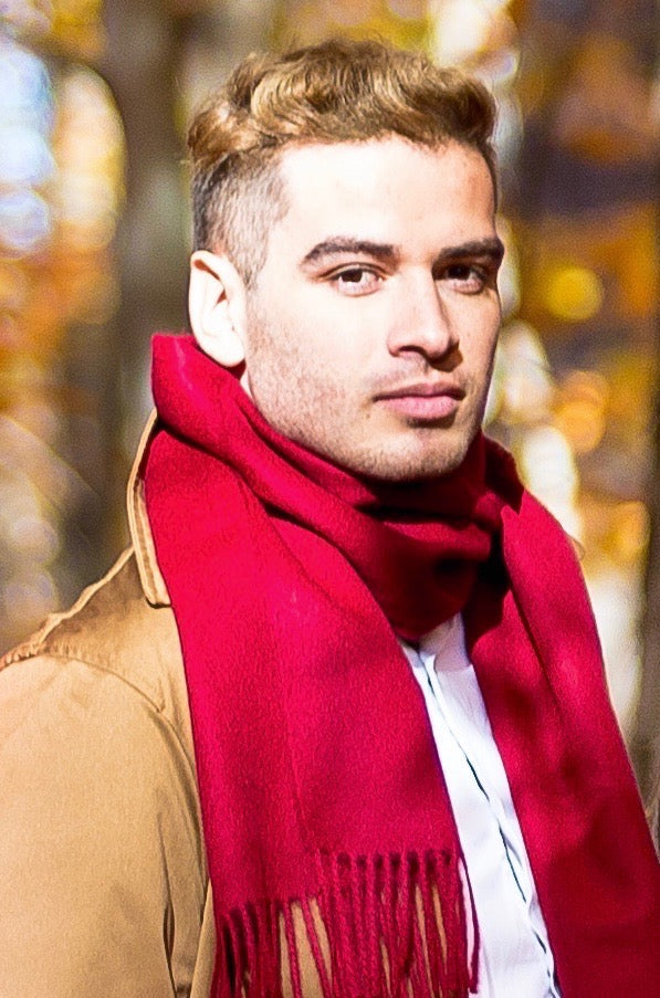 Man wearing an alpaca scarf red wine made of 100% Peruvian baby alpaca wool