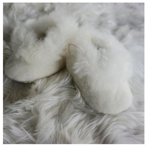ALPACA TODDLER SLIPPERS  White / Beige made of 100% alpaca Peruvian wool and fur