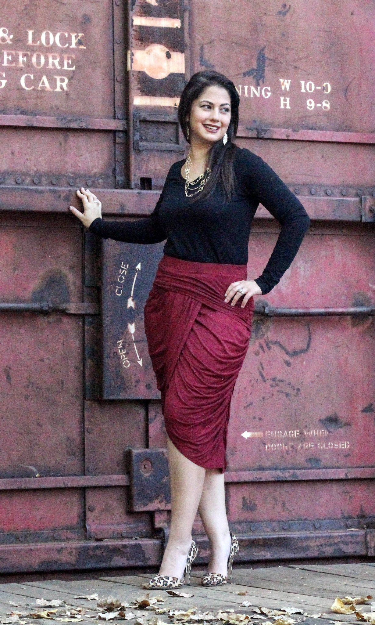 Ruched Midi Skirt - Burgundy FINAL SALE - Willow Blaire - 2