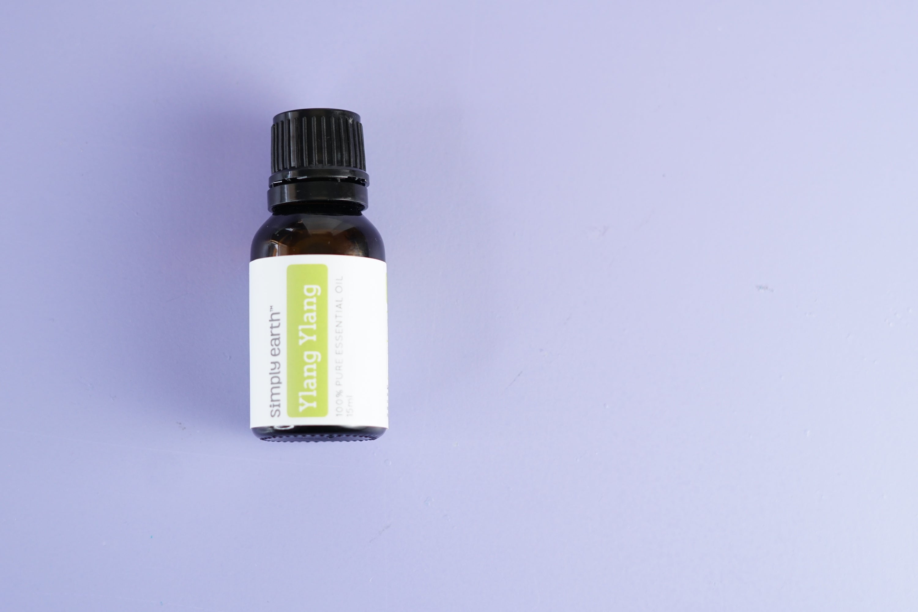 Ylang-ylang essential Oil