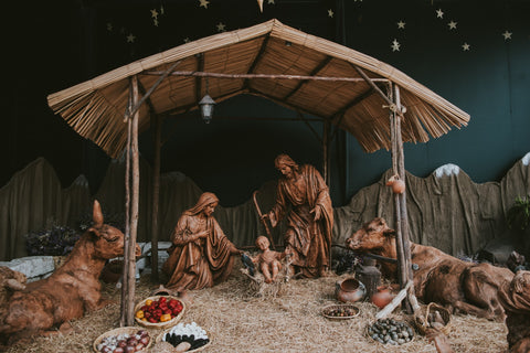 The meaning of Christmas with Attic. Photo by Walter Chávez on Unsplash