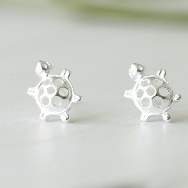 Silver Tiny Turtle Earrings- nunujewellery
