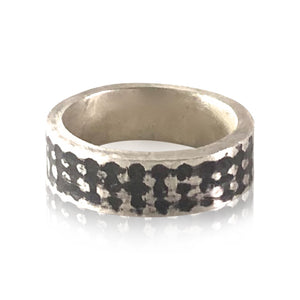 R10 - Sterling Silver Oxidized Herringbone Textured Ring