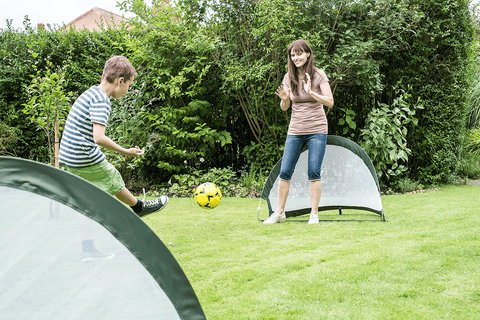 Traditional Garden Games 2 in 1 Pop Up Goal