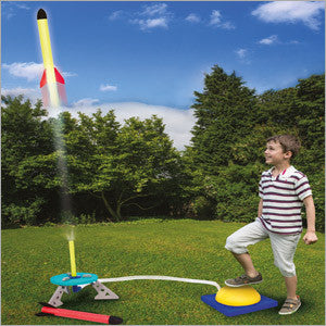 Traditional Garden Games Pop Rocket Rocket Launcher Set