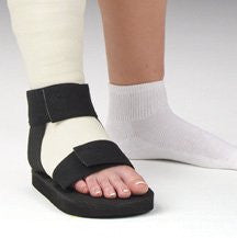DeRoyal Hospital Grade Cast Sandal * Rainbow, Rocker, L * 1 Per EA STAT ™ Brand 2032-03 - Home Health Superstore
