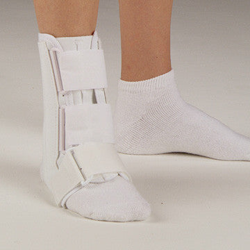 DeRoyal Leatherette Ankle Brace