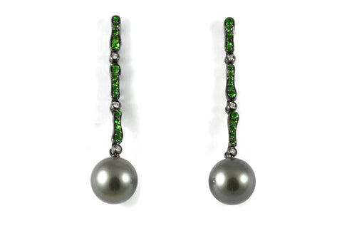 Les Bois - Earrings with Grey Tahitian Pearls, Tsavorite Garnet and Diamonds, 18k Blackened  Gold.