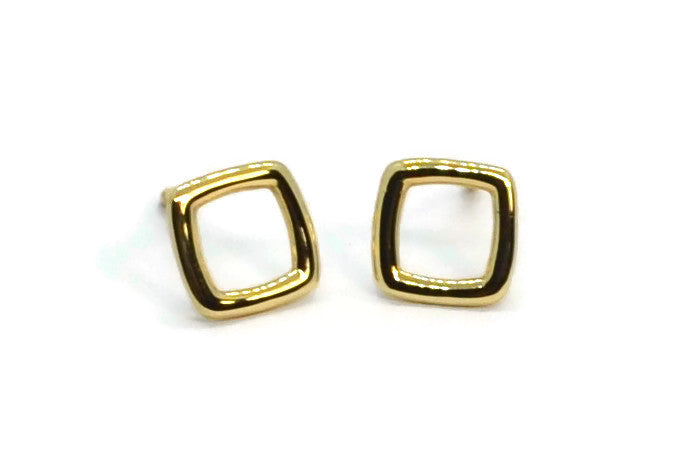 A-FURST-GAIA-ORO-STUD-EARRINGS-YELLOW-GOLD-O1801G
