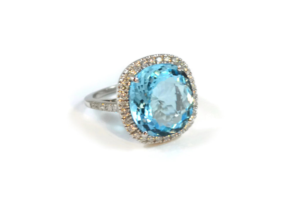 Le Grand Magnifique - Ring with Blue Topaz and Diamonds, 18k White Gold.