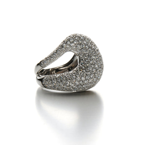 Aqua - Cocktail Ring with Diamonds Pave', 18k White Gold.