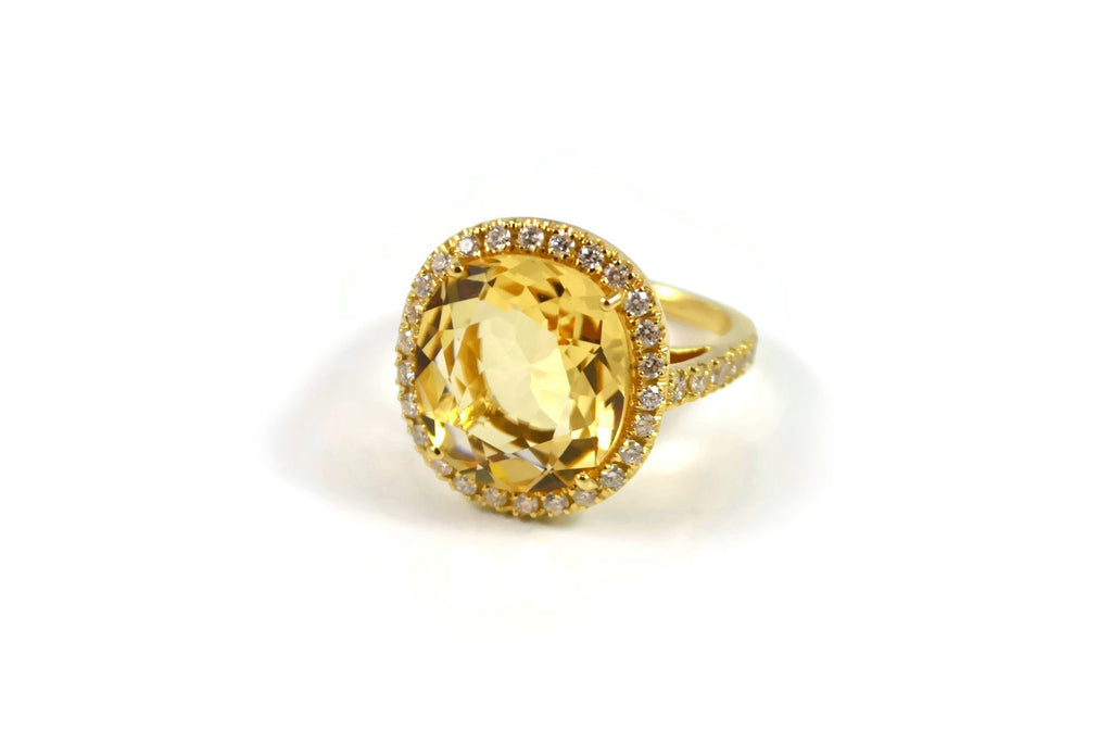 Le Magnifique - Ring with Citrine and Diamonds, 18k Yellow Gold.