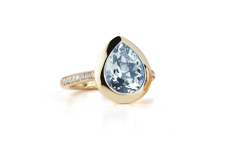 Picnic - Ring with Blue Topaz and Diamonds, 18k Rose Gold.