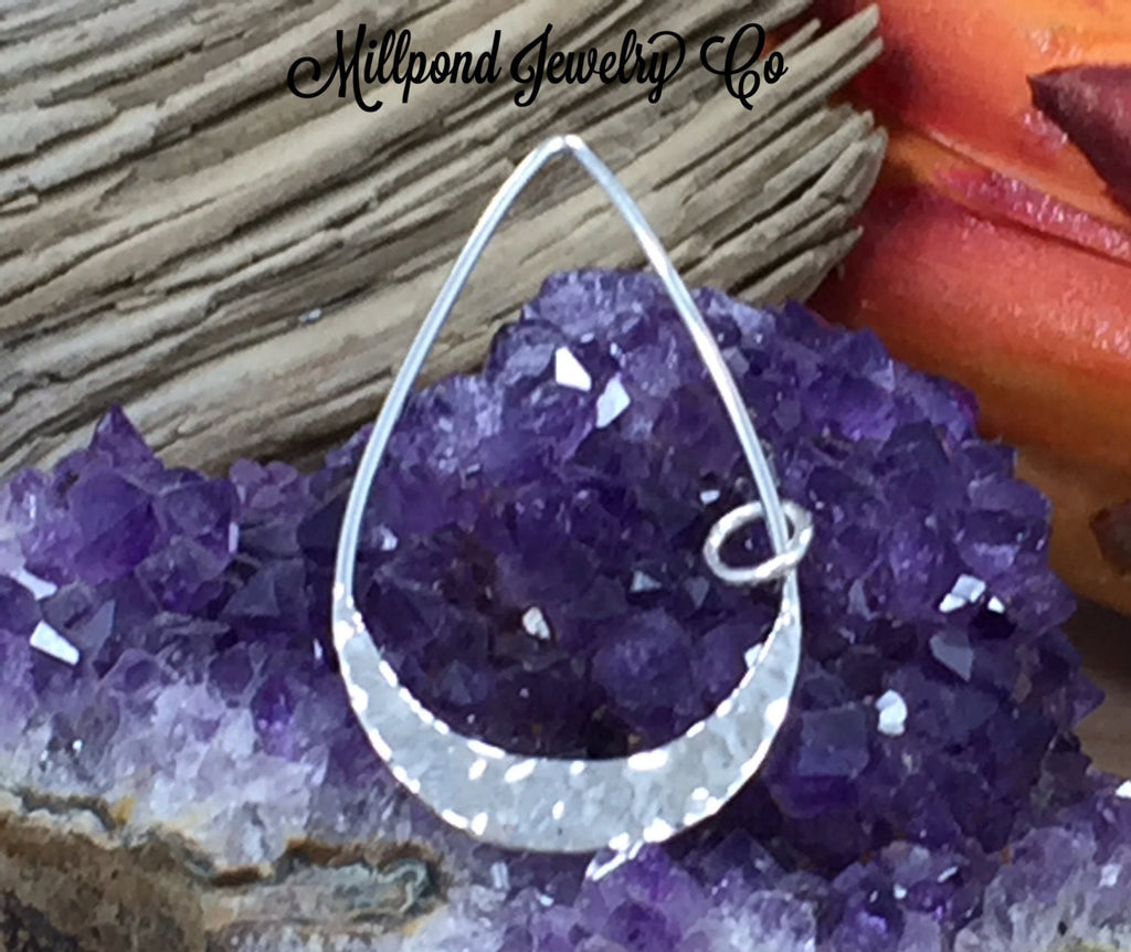 Teardrop Charm, Teardrop Link Charm, Teardrop with Hammered Bottom Edge, Sterling Silver Charm, Sterling Silver Pendant, PS01670
