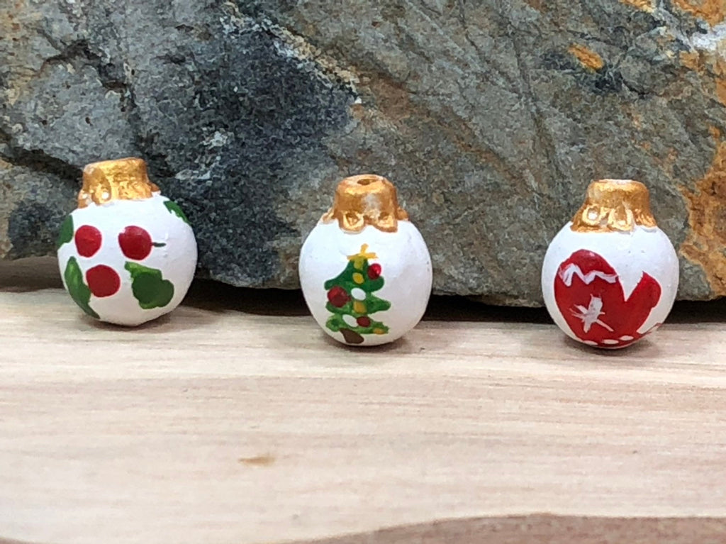 10 Assorted Christmas Ornament Beads, Christmas Bead, Peruvian Ceramic Beads, Ceramic Beads, Christmas Ornament Charm, Peruvian Beads