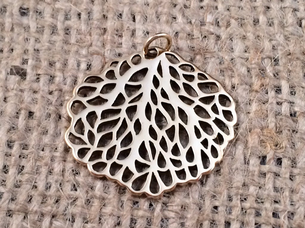 Sea Fan Pendant, Sea fan Charm, Bronze Sea Fan Charm, Ocean Charm, Ocean Pendant, Beach Charm, Beach Pendant, Large Pendant