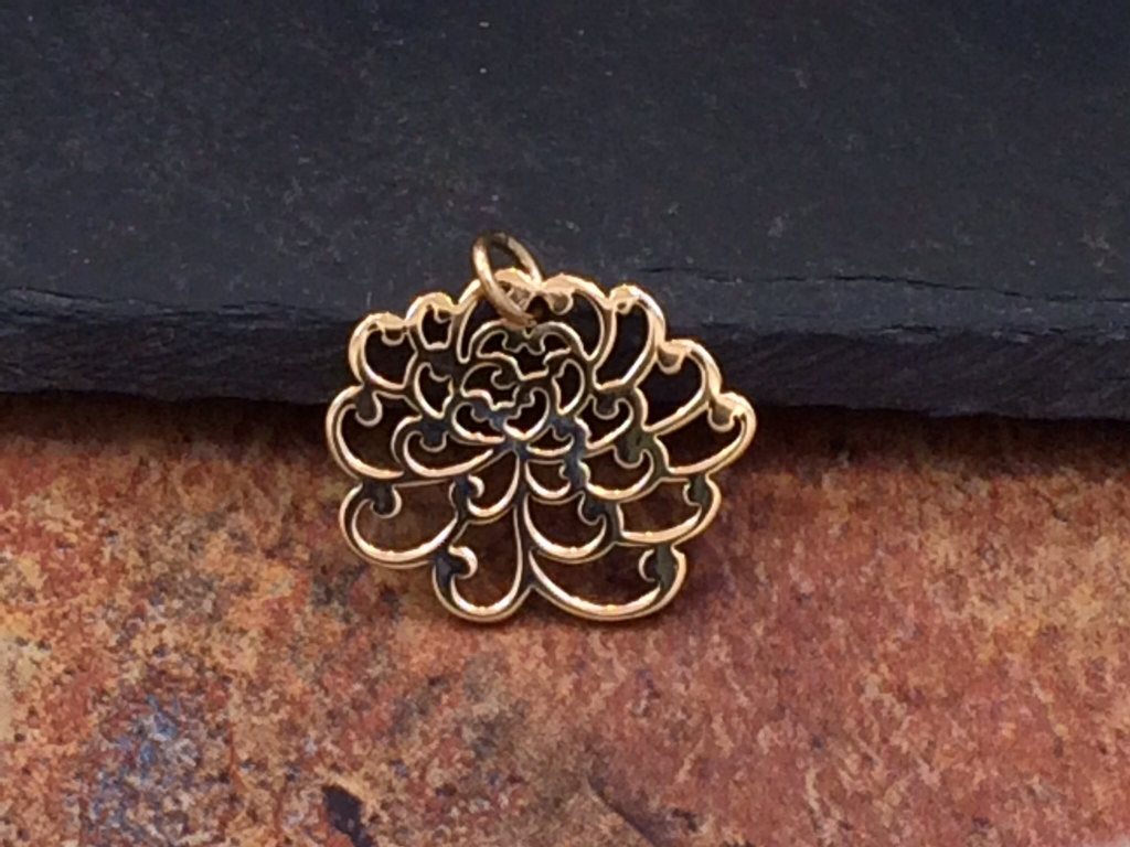 Chrysanthemum Charm, Chrysanthemum Pendant, Small Chrysanthemum Charm, Natural Bronze Chrysanthemum Charm