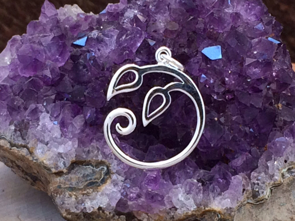 Charm Holder, Vine Charm, Vine Pendant, Leaves Pendant, Sterling Silver Charms, PS01405